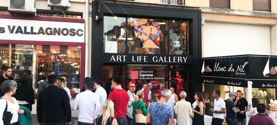 Vernissage de l'exposition supreme chez art life gallery à Saint Raphael avec l'artiste Gomor